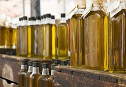 Olive oil and rapeseed and flavoured oils from Sussex