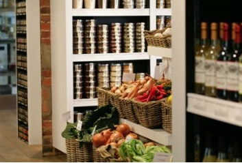 Fine Foods in The Hungry Guest Farm Shop, Local Food Sussex