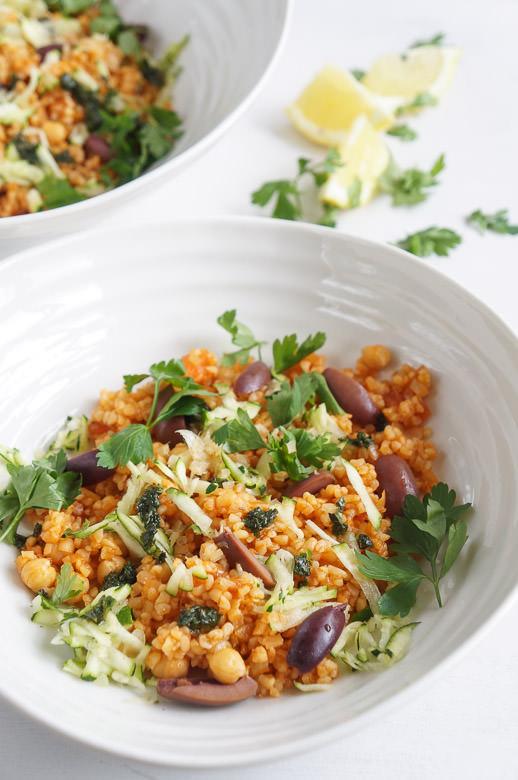 Summer tomato bulgur salad bowl recipe