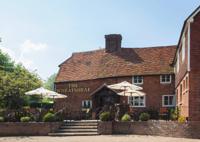 Exterior of Wheatsheaf Bough Beech country pub