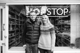 Mike and Ruth at Hop Stop | Local Food Surrey
