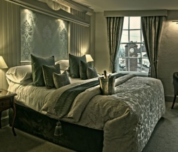 Luxury Bedroom accommodation in East Sussex at the George Inn