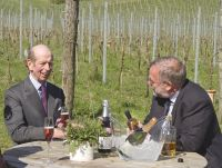 Albury Vineyard toasts the Queen's 90th birthday with the Duke of Kent