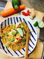 Food_Envy_raw_pad_thai_750px.jpg