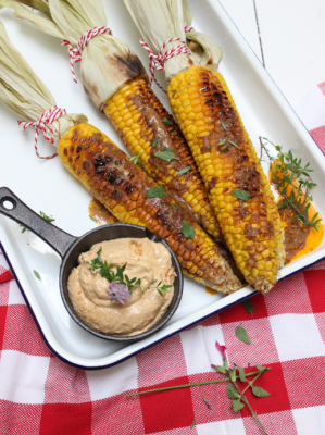 Baked sweetcorn flavoured with herbs and spices